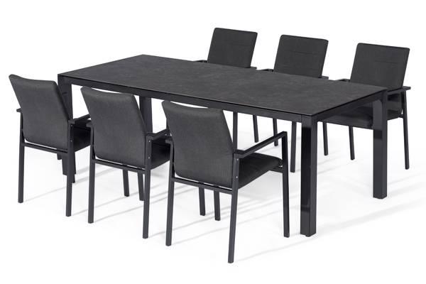 Taigaen. Avena ovalt spisebord og 6 Avena Atro stoler, mørk grå